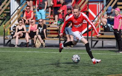 JIPPO kävi ryöstöretkellä FC Vaajakosken vieraana