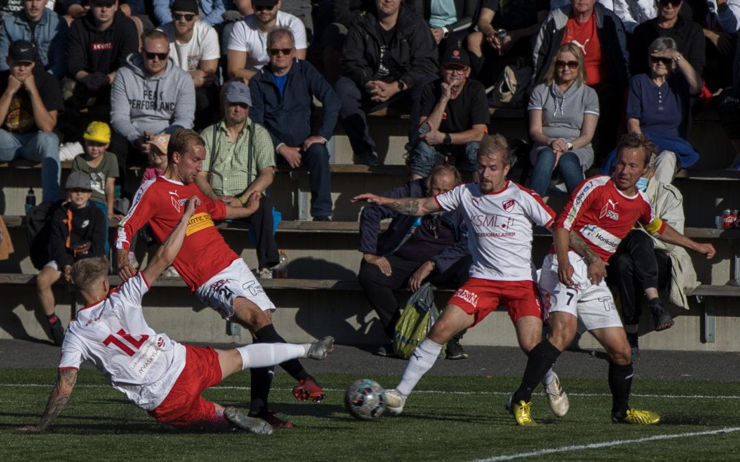 JIPPO nousi kahden maalin takaa tasoihin FCV:tä vastaan